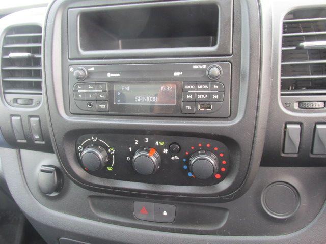 2015 Vauxhall Vivaro 2900 L2H1 CDTI P/V (152D24083) Image 14