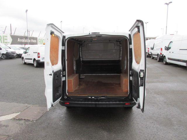 2015 Vauxhall Vivaro 2900 L2H1 CDTI P/V (152D24102) Image 10