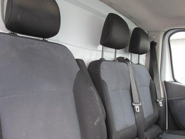 2015 Vauxhall Vivaro 2900 L2H1 CDTI P/V (152D24103) Image 12