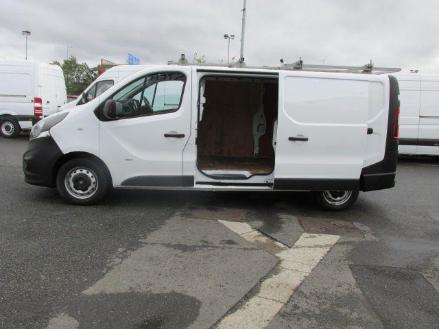2015 Vauxhall Vivaro 2900 L2H1 CDTI P/V (152D24103) Image 10