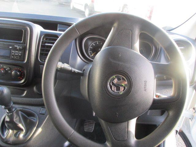 2015 Vauxhall Vivaro 2900 L2H1 CDTI P/V (152D24104) Image 13
