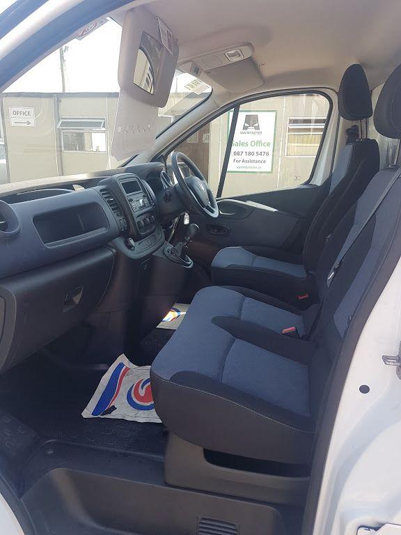 2015 Vauxhall Vivaro 2900 L2H1 CDTI P/V (152D24105) Image 16