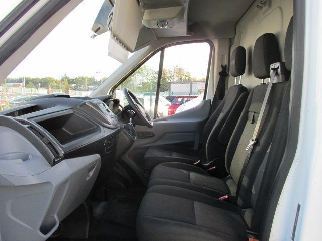 2015 Ford Transit JUMBO 350 H/R P/V (152D24144) Image 9