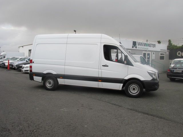2015 Mercedes Sprinter 313 CDI MWB  H/ROOF - OVER A 100 VANS TO CHOOSE FROM IN VM SANTRY - (152D24183) Image 2