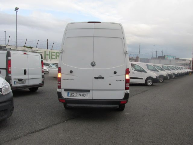 2015 Mercedes Sprinter 313 CDI MWB  H/ROOF - OVER A 100 VANS TO CHOOSE FROM IN VM SANTRY - (152D24183) Image 4