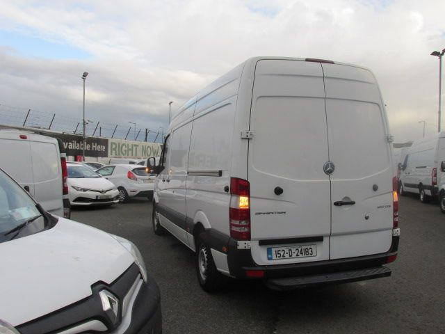 2015 Mercedes Sprinter 313 CDI MWB  H/ROOF - OVER A 100 VANS TO CHOOSE FROM IN VM SANTRY - (152D24183) Image 5