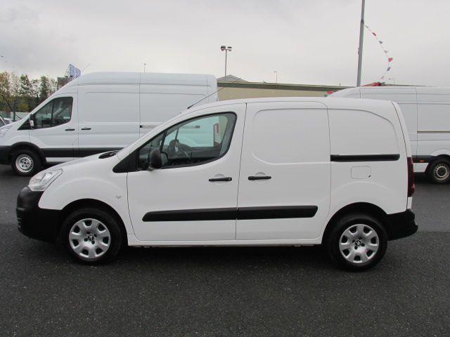 2015 Peugeot Partner HDI S L1 850 (152D26979) Image 4