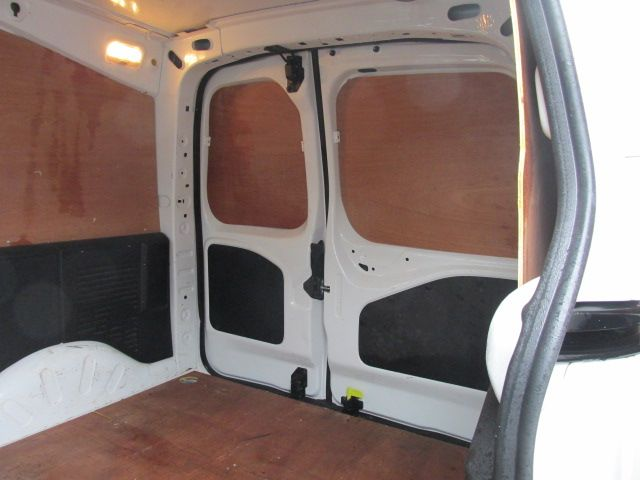 2015 Peugeot Partner HDI S L1 850 (152D27687) Image 9