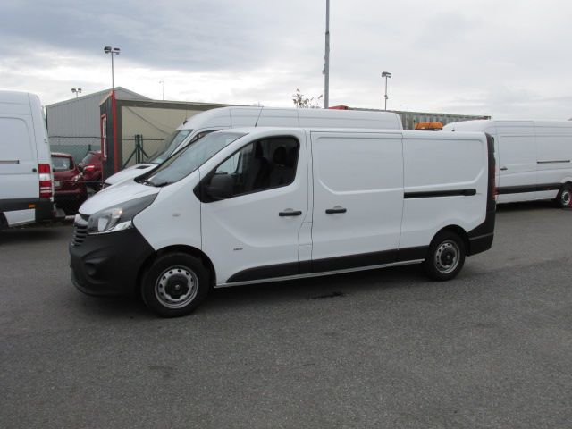 2015 Vauxhall Vivaro 2900 L2H1 CDTI P/V - Over 150 VANS TO VIEW AT VAN MONSTER  SANTRY - (152D29354) Thumbnail 3