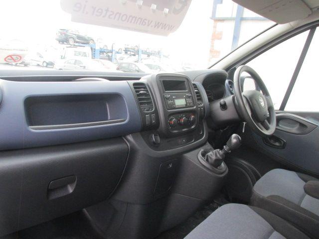 2015 Vauxhall Vivaro 2900 L2H1 CDTI P/V (152D15099) Image 9