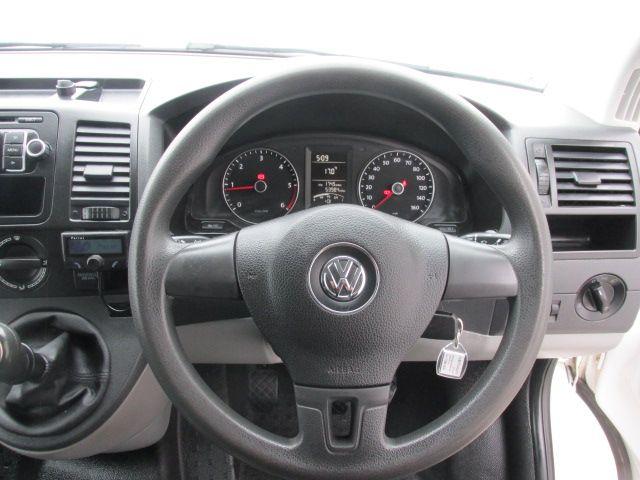 2015 Volkswagen Transporter T32 TDI P/V STARTLINE 4MOTION (152D16544) Image 14