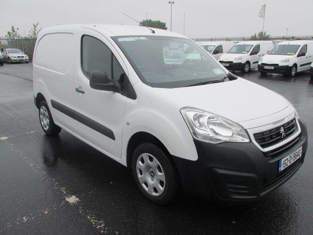 2015 Peugeot Partner HDI SE L1 850 (152D19640)