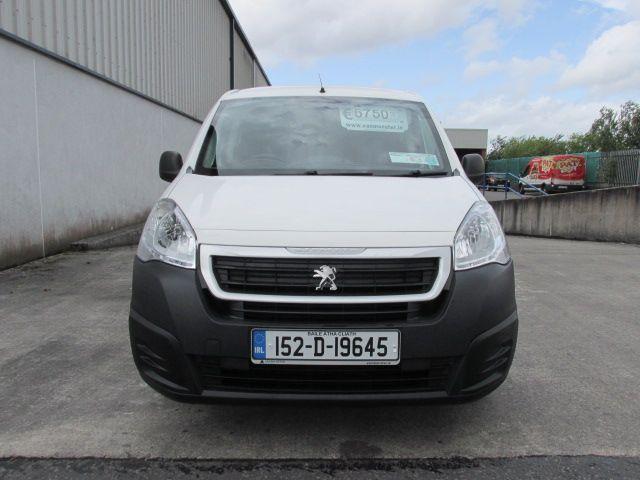 2015 Peugeot Partner HDI SE L1 850 (152D19645) Image 2