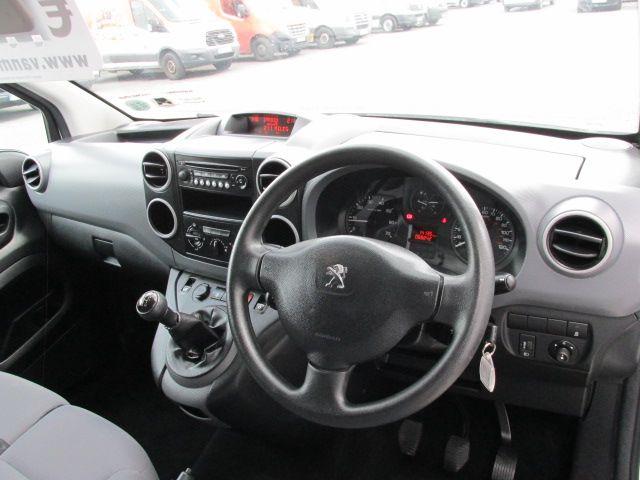 2015 Peugeot Partner HDI SE L1 850 (152D19645) Image 12