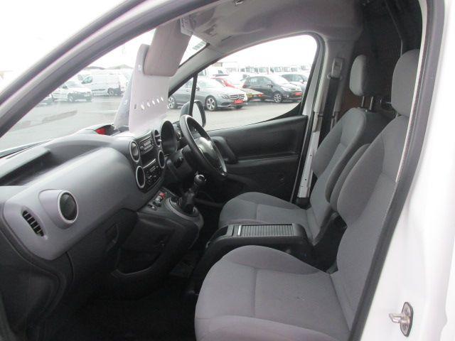 2015 Peugeot Partner HDI S L1 850 (152D19661) Image 9