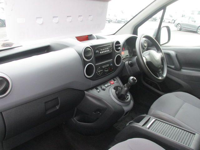 2015 Peugeot Partner HDI S L1 850 (152D19661) Image 10