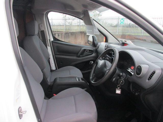 2015 Peugeot Partner HDI S L1 850 (152D19661) Image 11