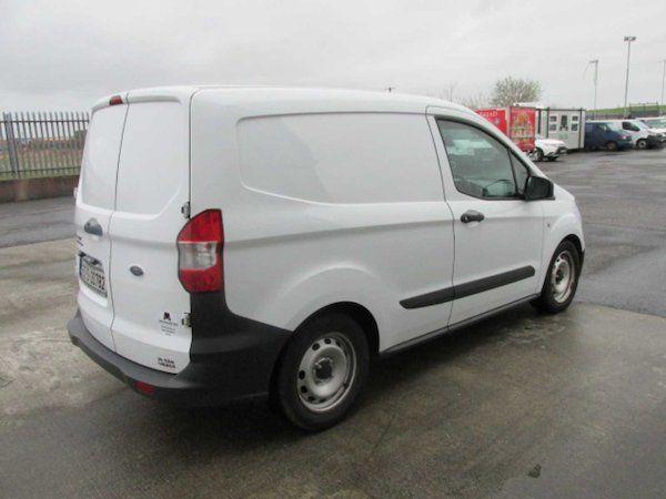 2015 Ford Transit Courier VAN Base 75PS 3DR (152D20782) Image 4