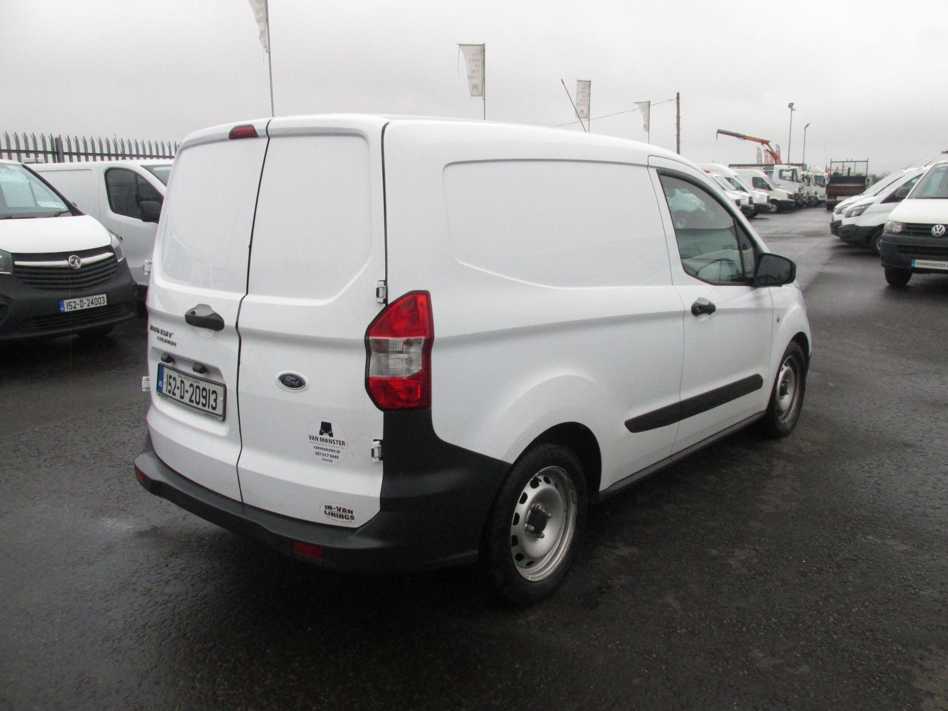 2015 Ford Transit Courier VAN Base 75PS 3DR (152D20913) Image 6