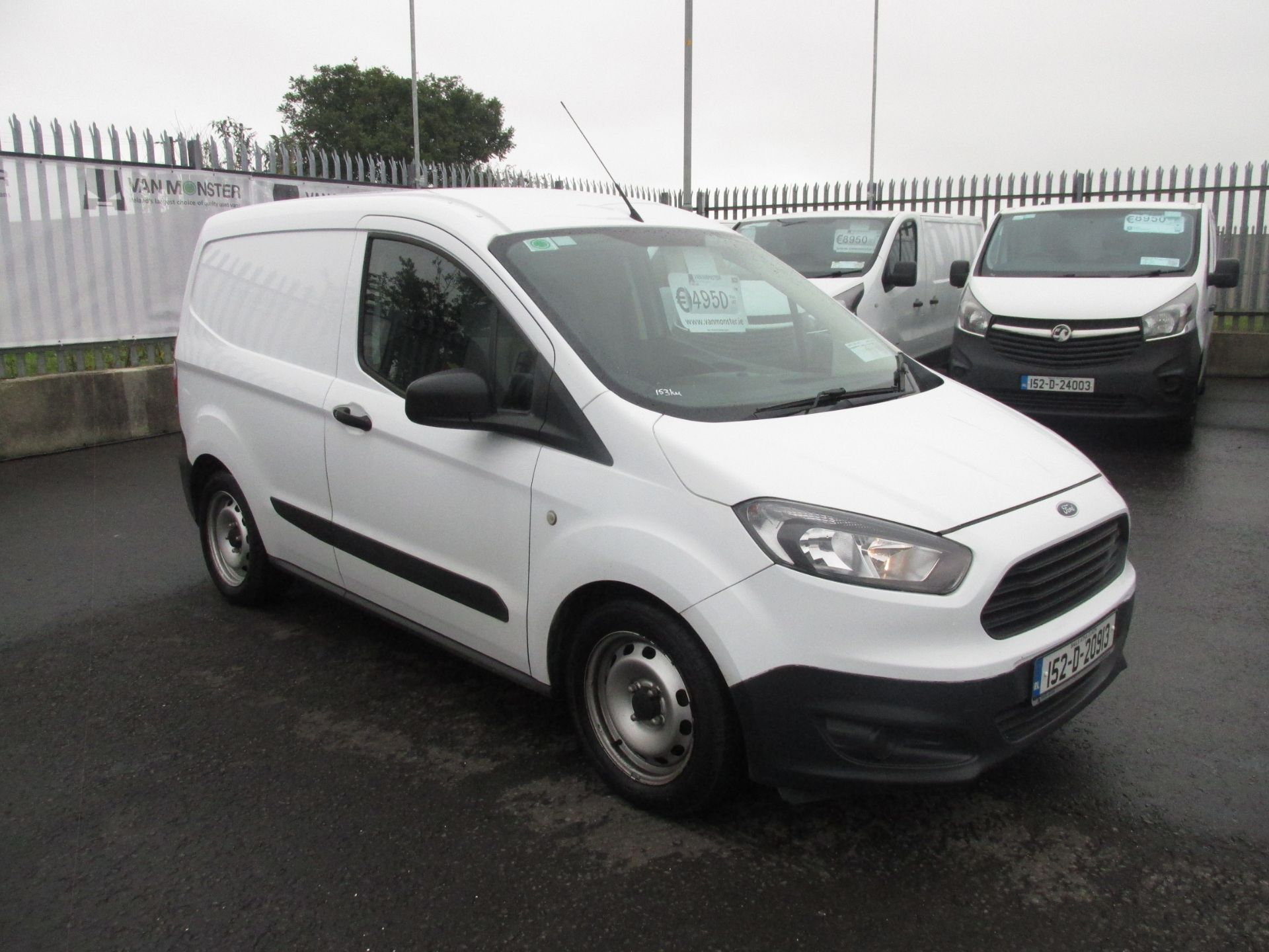 2015 Ford Transit Courier VAN Base 75PS 3DR (152D20913)