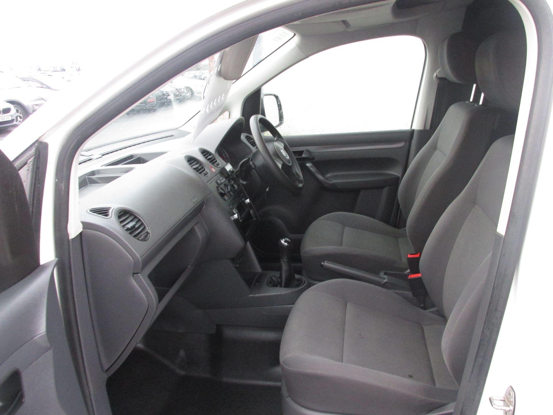 2015 Volkswagen Caddy C20 TDI STARTLINE (152D20931) Image 10