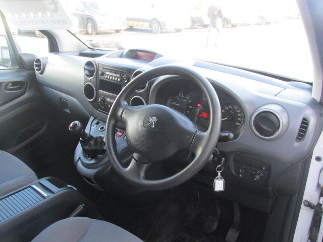 2015 Peugeot Partner Access 1.6 HDI 92 3DR (152D22173) Image 12
