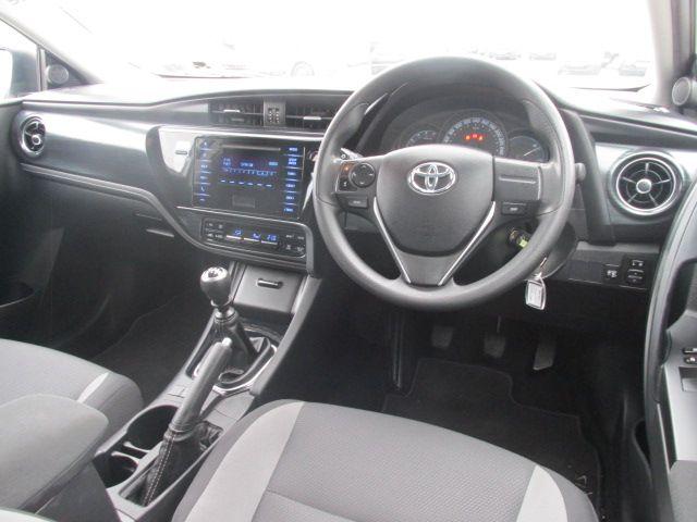 2015 Toyota Auris 1.4 D-4D Terra 5DR (152D22951) Image 12