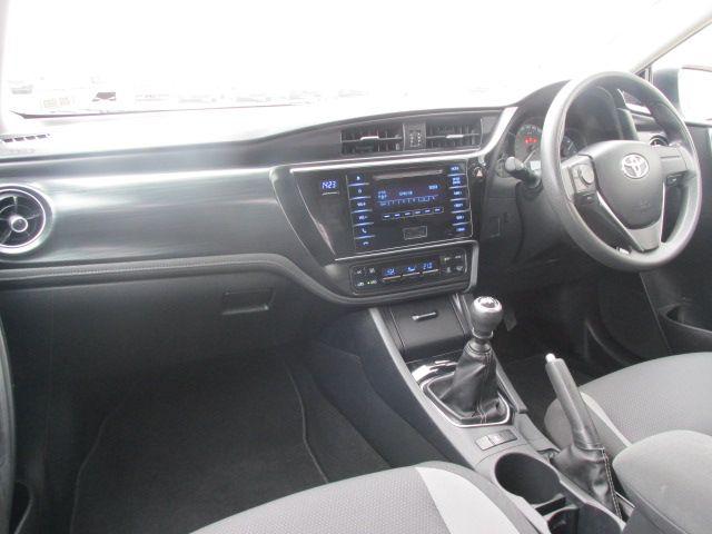 2015 Toyota Auris 1.4 D-4D Terra 5DR (152D22951) Image 11