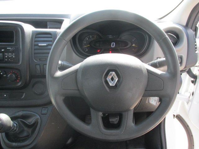 2015 Renault Trafic LL29 DCI 115 Business Panel VA (152D23159) Image 13