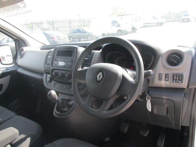 2015 Renault Trafic LL29 DCI 115 Business Panel VA (152D23159) Image 12