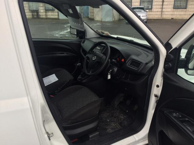 2015 Vauxhall Combo 2000 L1H1 CDTI (152D23480) Image 9
