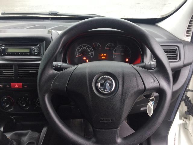 2015 Vauxhall Combo 2000 L1H1 CDTI (152D23480) Image 10