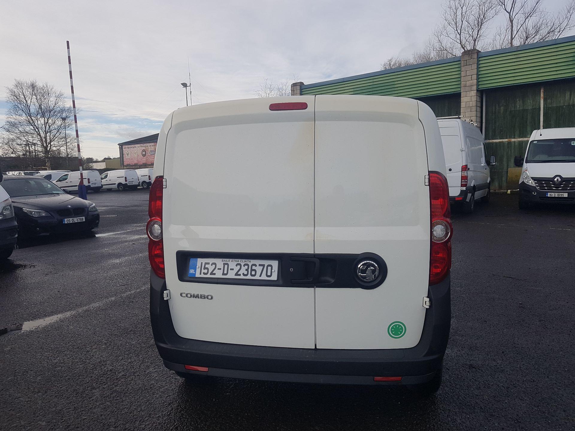 2015 Vauxhall Combo 2000 L1H1 CDTI (152D23670) Image 4