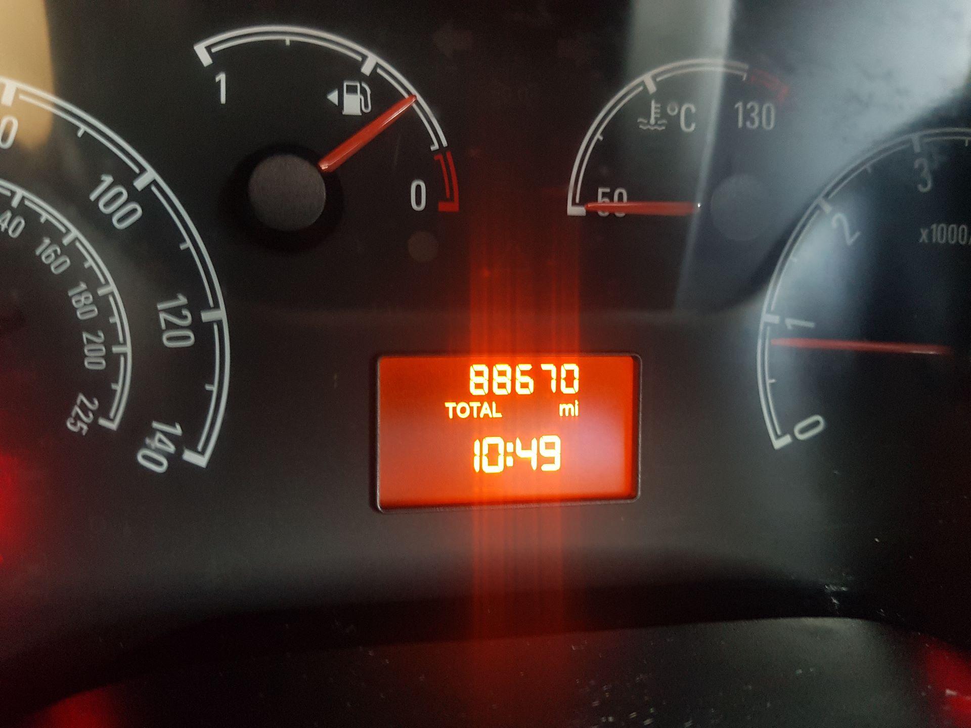 2015 Vauxhall Combo 2000 L1H1 CDTI (152D23670) Image 15
