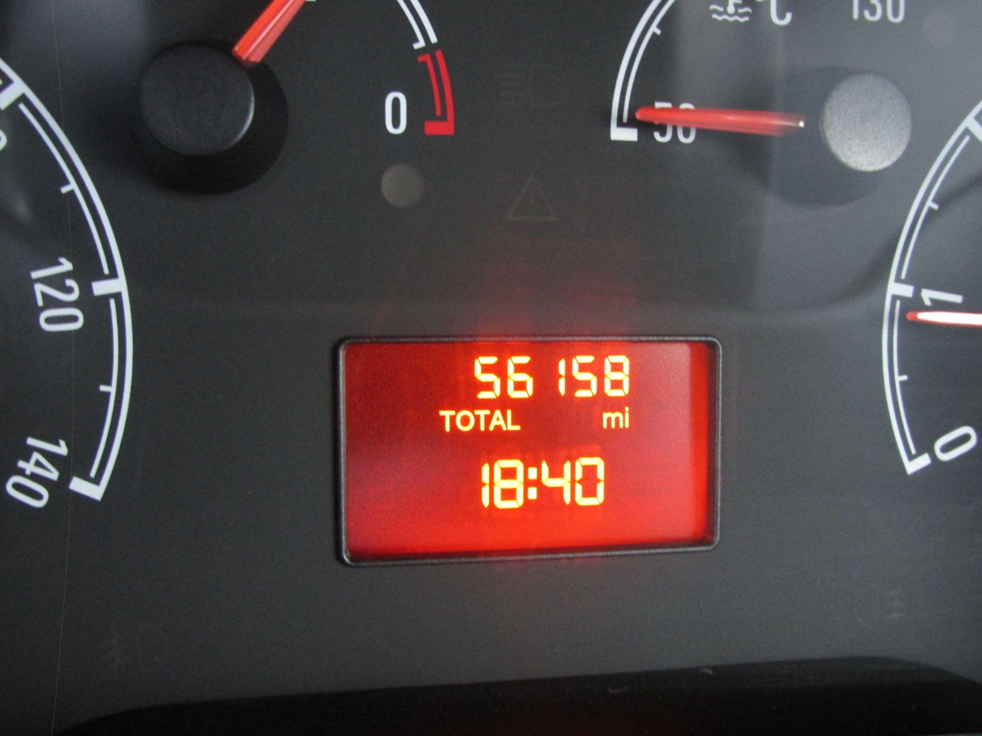 2015 Vauxhall Combo 2000 L1H1 CDTI (152D23672) Image 14