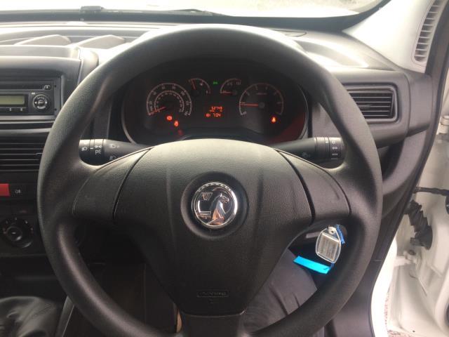 2015 Vauxhall Combo 2000 L1H1 CDTI (152D23674) Image 12