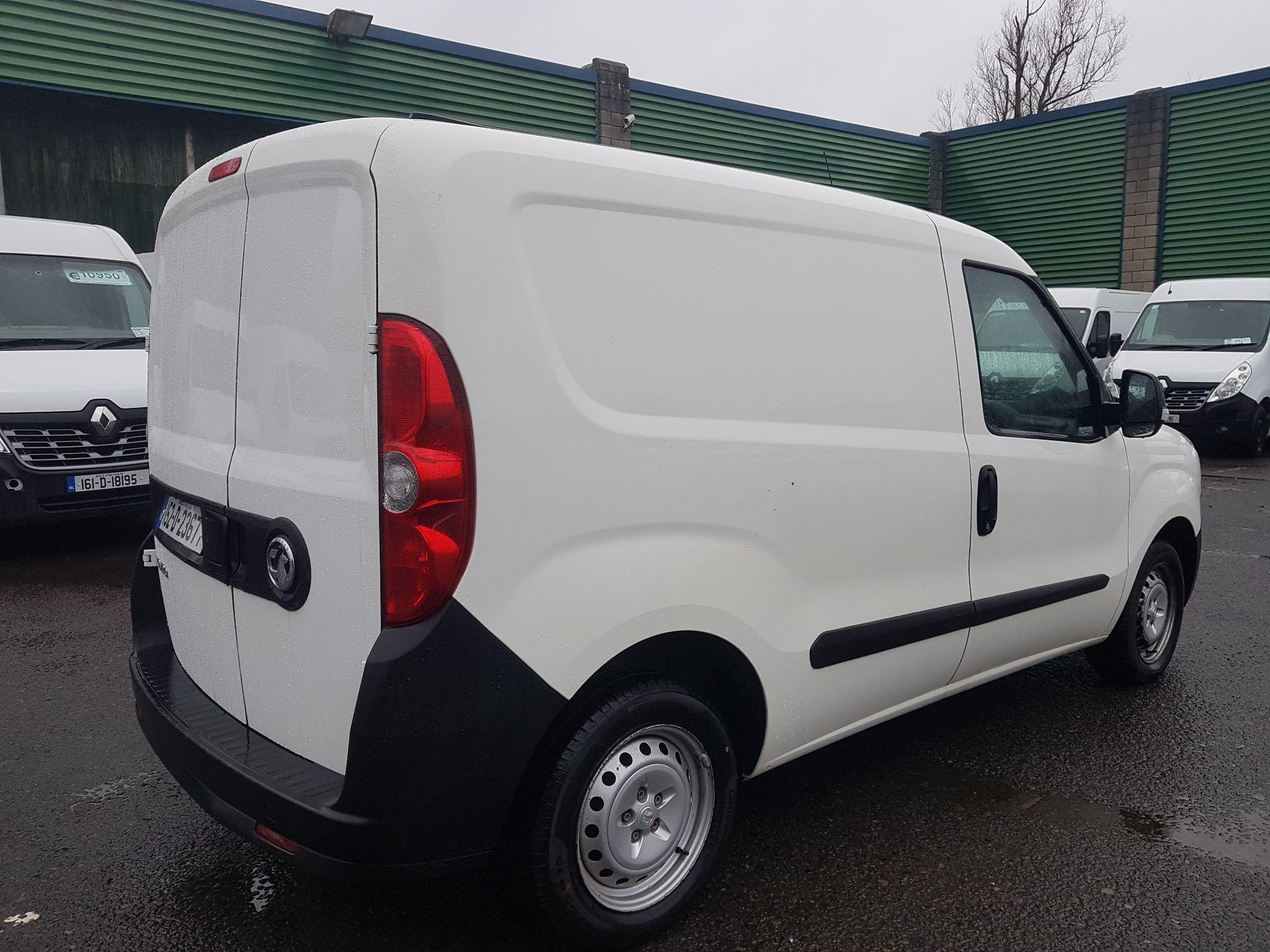 2015 Vauxhall Combo 2000 L1H1 CDTI (152D23677) Image 3