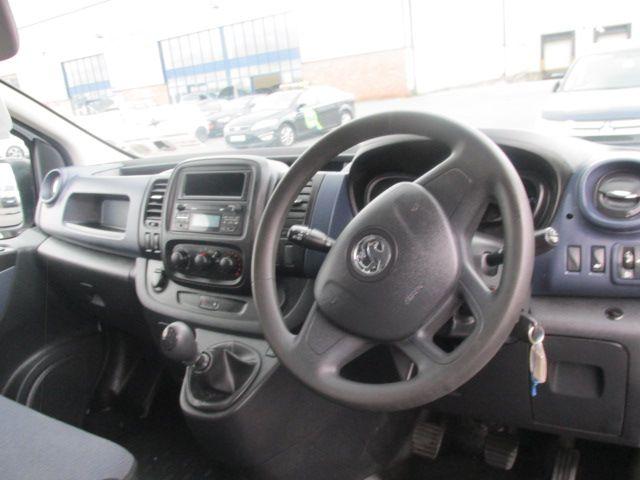 2015 Vauxhall Vivaro 2900 L2H1 CDTI P/V (152D23999) Image 11