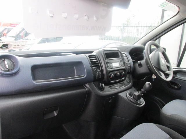 2015 Vauxhall Vivaro 2900 L2H1 CDTI P/V (152D23999) Image 9
