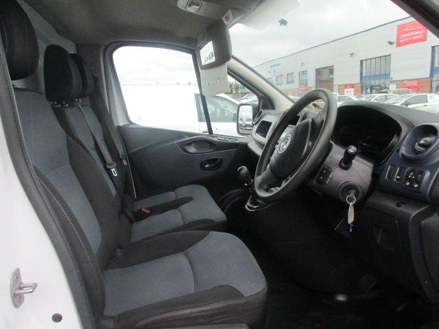 2015 Vauxhall Vivaro 2900 L2H1 CDTI P/V (152D23999) Image 10