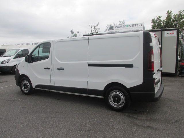 2015 Vauxhall Vivaro 2900 L2H1 CDTI P/V (152D23999) Image 6
