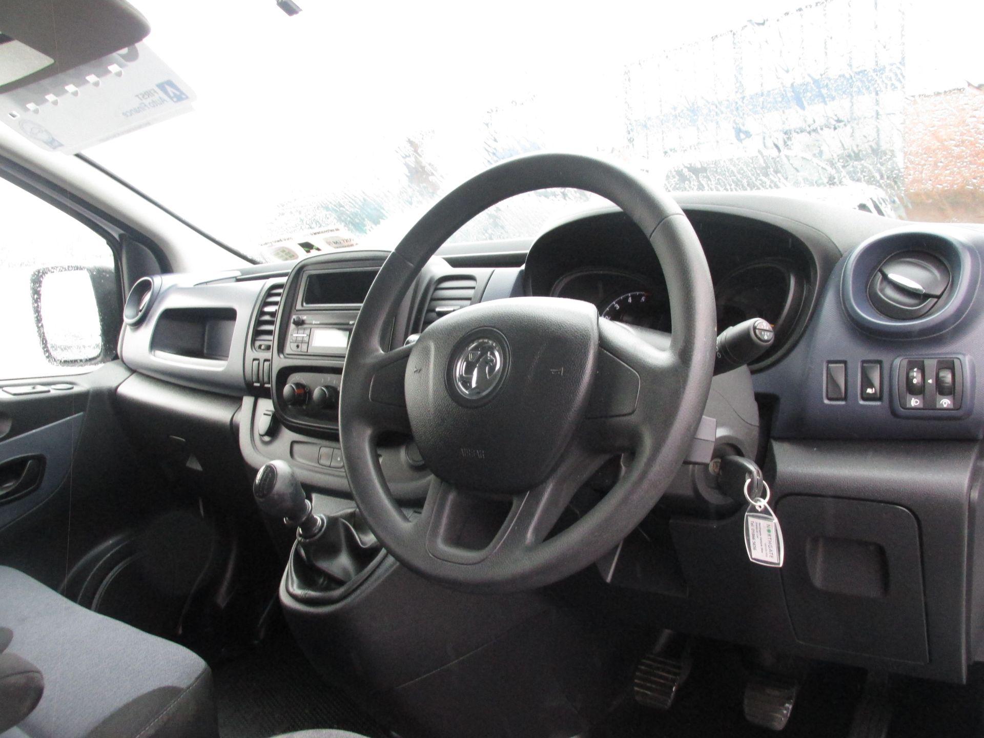 2015 Vauxhall Vivaro 2900 L2H1 CDTI P/V (152D24003) Image 13