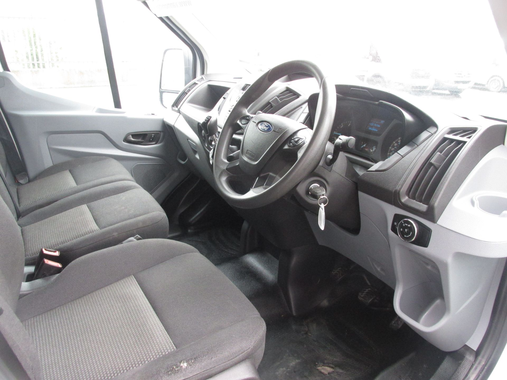 2015 Ford Transit 350 H/R P/V (152D24145) Image 11