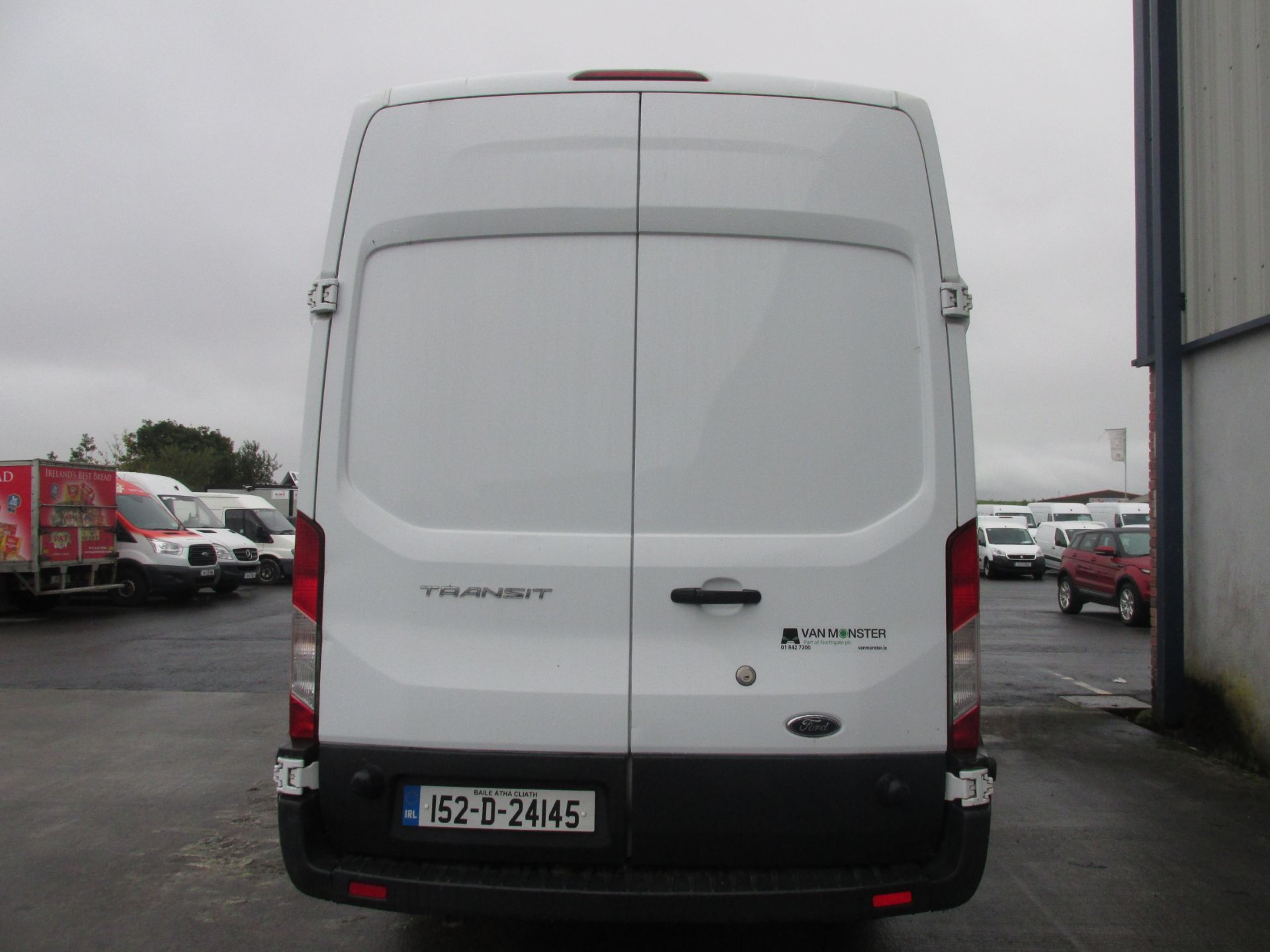2015 Ford Transit 350 H/R P/V (152D24145) Image 5