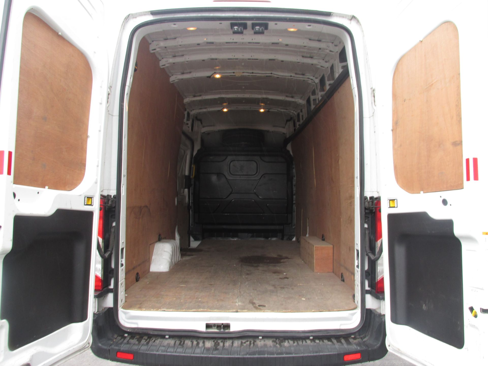 2015 Ford Transit 350 H/R P/V (152D24145) Image 7