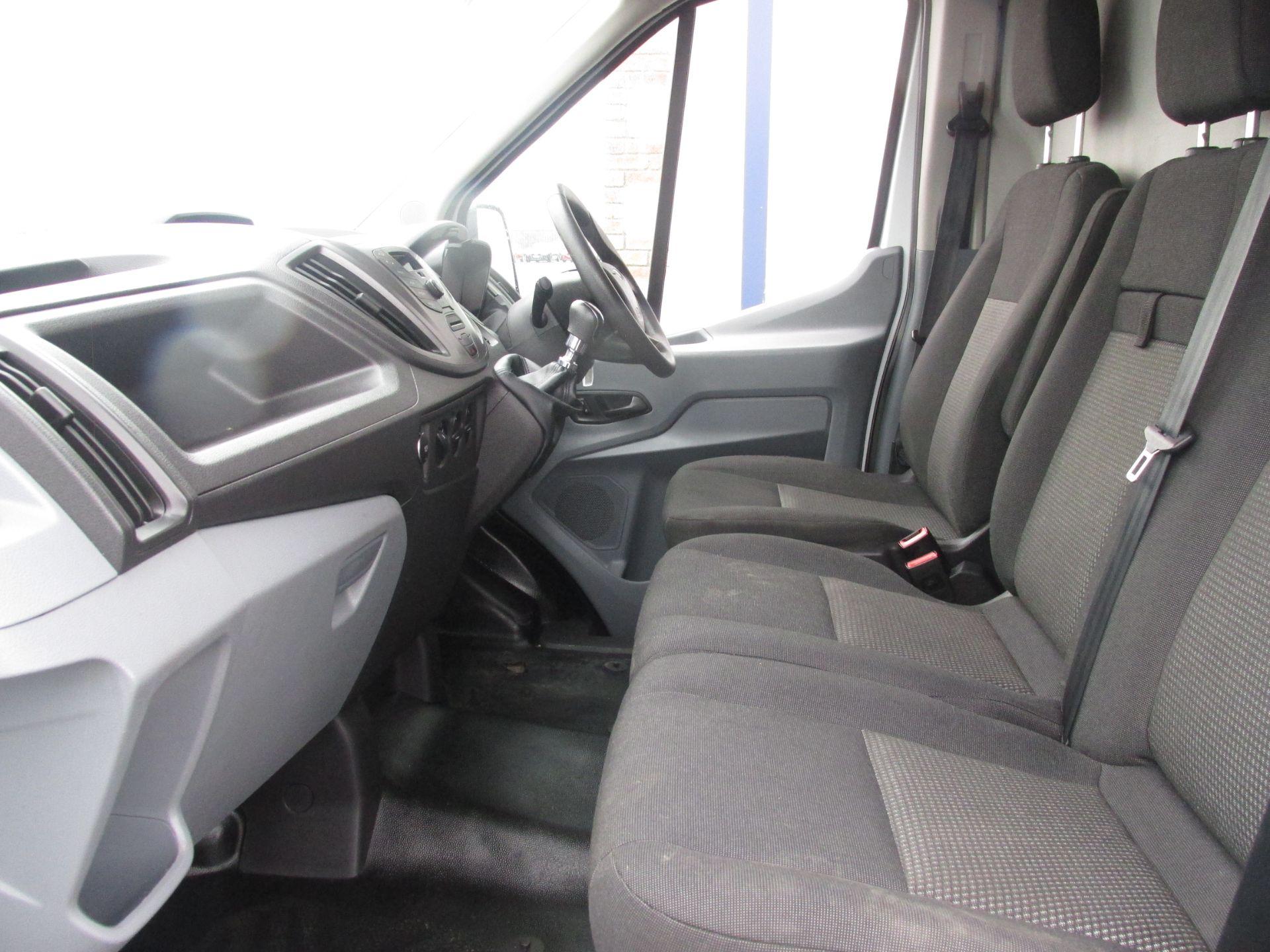 2015 Ford Transit 350 H/R P/V (152D24145) Image 10