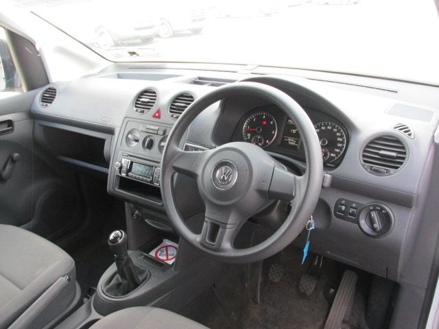 2015 Volkswagen Caddy C20 TDI STARTLINE (152D27621) Image 10