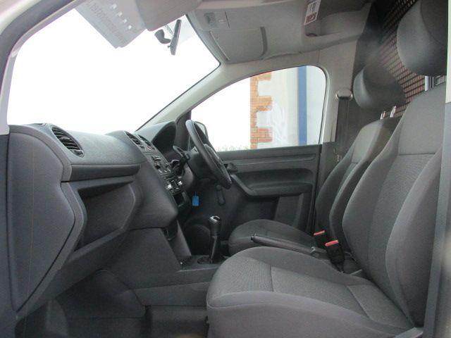 2015 Volkswagen Caddy C20 TDI STARTLINE (152D27621) Image 9