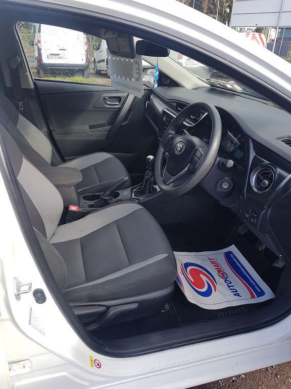 2016 Toyota Auris 1.4d-4d Terra 4DR (161D11979) Image 8