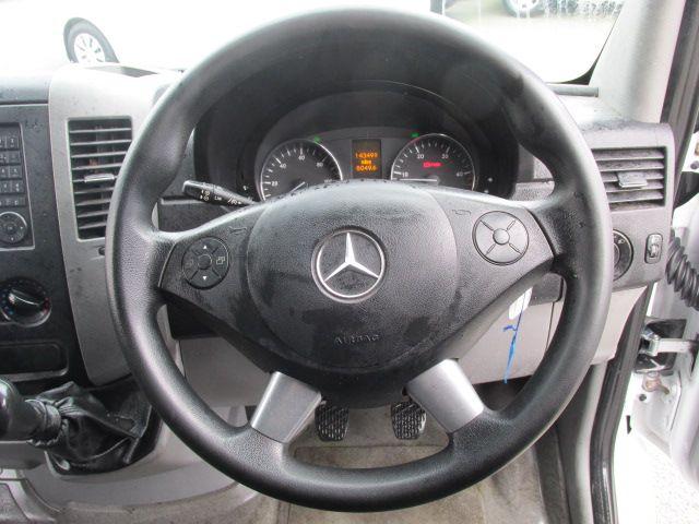 2016 Mercedes-Benz A Class CDI VAN 5DR (161D17945) Image 13